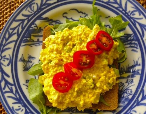 Hold the Egg Salad aka Vegan Eggless Salad