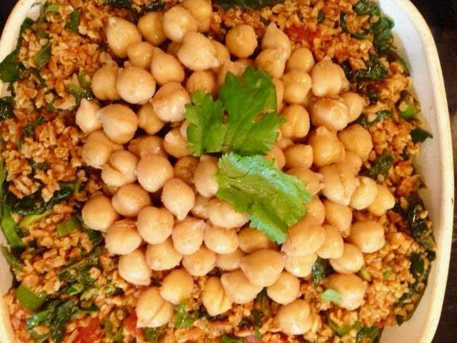 Bulgur with Kale and Spiced Chickpeas